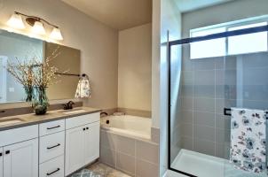 Master-Bath-2-1280x768