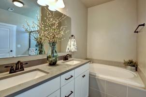 Master-Bath-3-1280x768